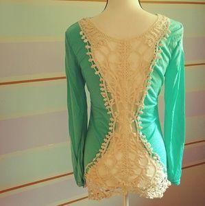 Long Sleeve Crochet tee sz S
